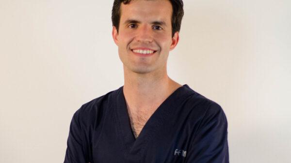 El doctor Jesús Olivas-Menayo