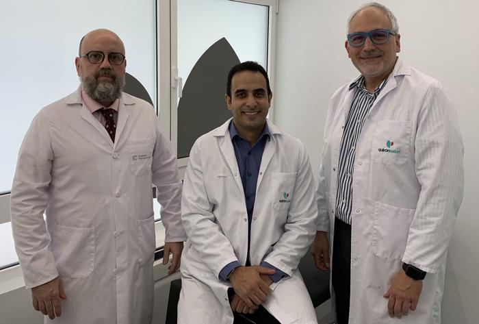 En la imagen, de izda. a dcha., los Dres. Jorge Cuevas, Ghassan Elgeadi y Santiago Domenech